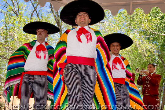 Ballet Folklorico dancers with mariachi band in old town albuquerque