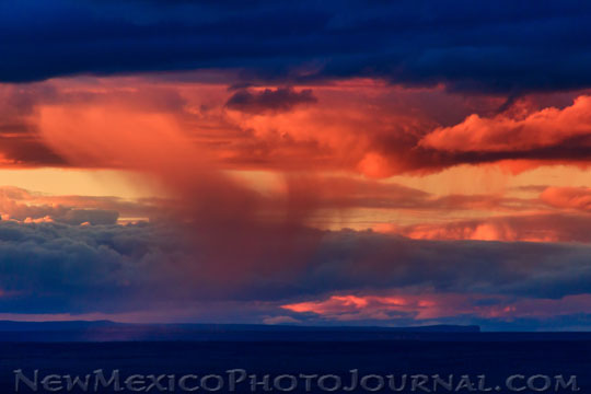 A classic and colorful New Mexican sunset